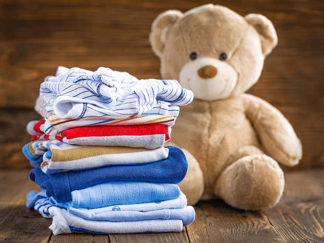 Detské oblečenie a hračka